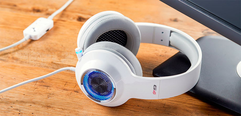 headset-gamer-g4-edifier-branco-lifestyle